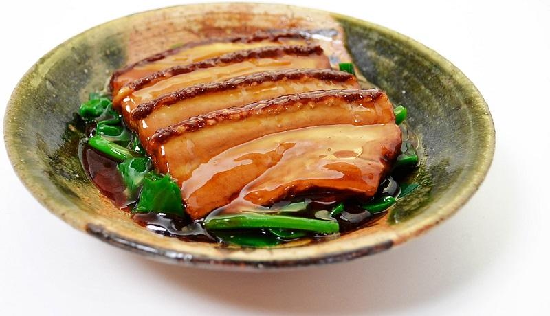 ¿Sabes qué y dónde comen los turistas chinos?